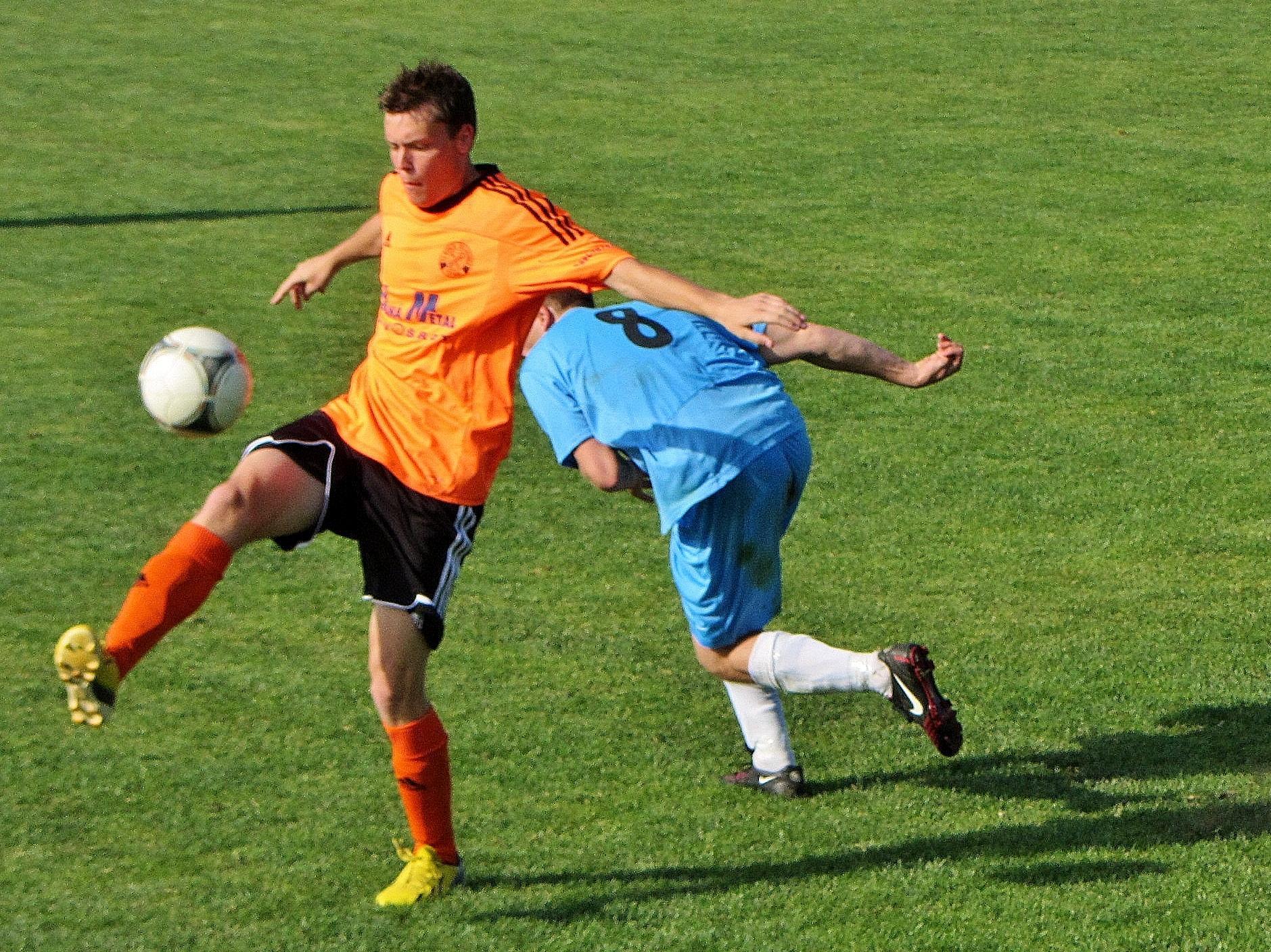 SOKOL ČECHOVICE – FC BEŇOV 3:0 ( 2:0 )